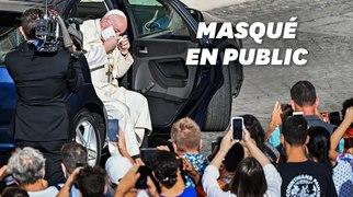 Le pape François apparaît masqué pour la première fois