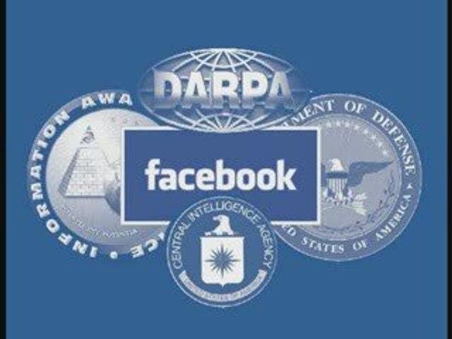 Facebook la CIA est votre ami