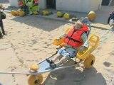 Accueil des handicapés sur la plage de Calais