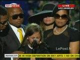 La fille de Michael Jackson lui rends un dernier hommage lors de la cérémonie organisé le 09/07/2009 au Staples Center.