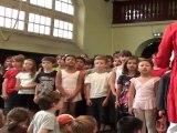 Toute l'école Debussy chante Lili à la fête de l'école juin 2011