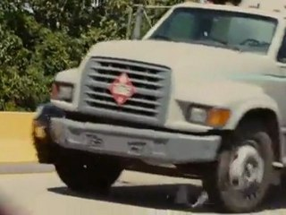 Hydro Truck - Extrait Hydro Truck (Anglais)