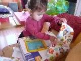 Jeanne anniversaire 3 ans ouverture cadeaux