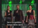 Robbie Williams - Radio [Live @ NMA 2004 - Oslo]