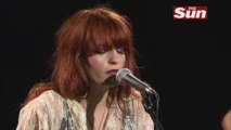 Florence & The Machine - Dog Days Are Over (Acoustic)