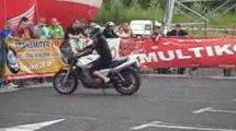 Stunt GP Bydgoszcz 2009 - Derbi Senda i dziewczyna na CB 500