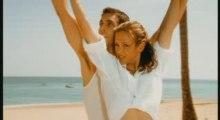 CLIP LORIE - SUR UN AIR LATINO (2003)