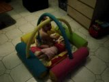 Mes bébés dans le parc gonflable