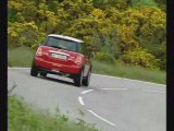 MINI Cooper - driving
