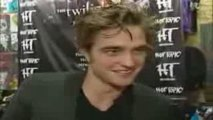 Robert Pattinson talks with Marcus Leshock (Noviembre 2008)