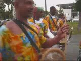 Défilé du Festival des Mains bleues à La Ferté-sous-Jouarre