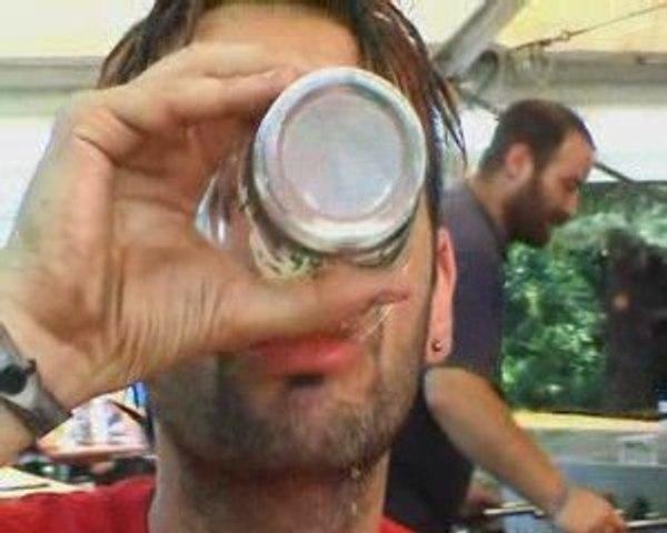 Parodie Pub Evian version Sziget 2009