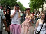 Gay Pride Paris (24/06/2006) Vidéo 3