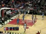 NBA Luol Deng finds Joakim Noah all alone under the bucket f