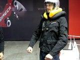 Essai à Milan du système d'airbag Neck PDS développé par Spidi pour sa ligne de vestes, blousons et combinaisons