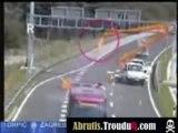 Accident stupide sur autoroute