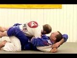 Brazilian Jiu-Jitsu: how to apply strangle in closed guard