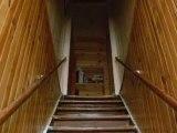 Fantome en haut d'un escalier...