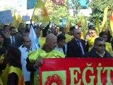 Memurların Eyleminde Polisten Eylemcilere Müdahale