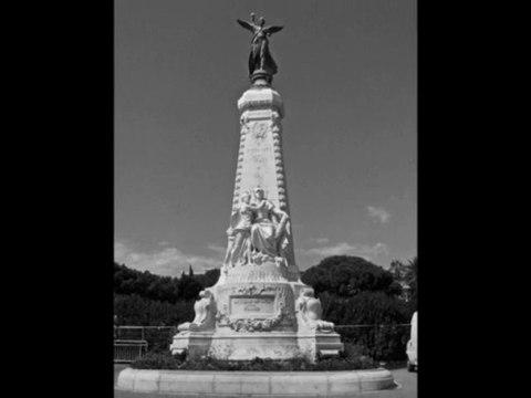Nice  (le monument de la honte)