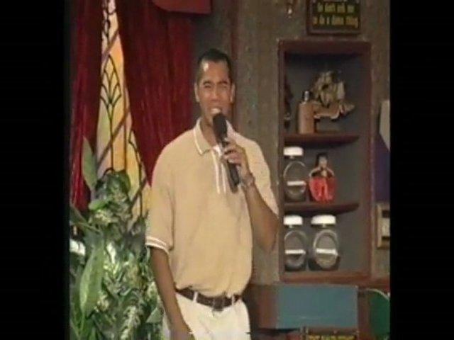 Filipino Comedian Ricky Del Rosario