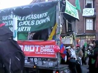 Manifestation du 12/12 à Copenhague : le cortège d'Attac