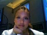 Jessica Alba fait du buzz avec sa webcam