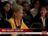 Hillary Clinton à nouveau à deux doigts des larmes