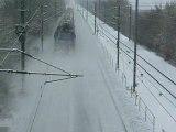 TRAIN DANS LA NEIGE 1 TRAIN IN THE SNOW