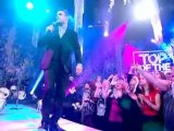 Robbie Williams @ Top of the Pops 2009 (25.12.09)