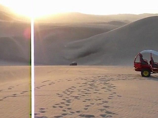 Buggy dans les dunes de Huacachina