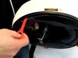 Shoei GT-Air : Extraction des mousses avec le système EQRS