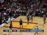 Dwyane Wade throws down this strong slam dunk in the third q
