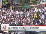 Venezuela estudiantes opositores llegan a VTV