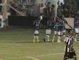 Grêmio vira sobre o Santa Cruz, com Borges