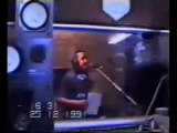 Cheb Hasni en studio magnifique chanson