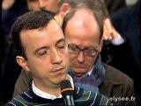 David Martinon répond aux journalistes français et étrangers