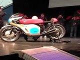 le bruit de la HONDA 6 au salon de la moto de villefranche