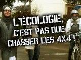 Des écologistes armés attaquent un 4x4 !!! Europe écologie