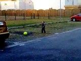 Matteo joue au foot!!!!