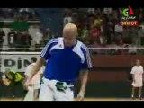 """Zidane avec le drapeaux algerien"""" tournoi de l'Amitié 2010"""""""