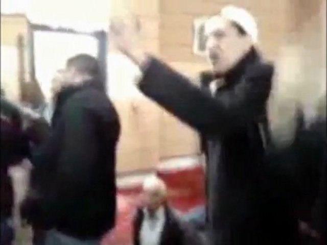"""Clash à la mosquée de Drancy ! """"Dehors Chalghoumi !"""""""