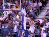 Carlos Boozer scores 33 points and grabs 16 rebounds to lift