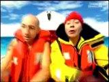 Kad et Olivier parodie de traversée océanique à la rame