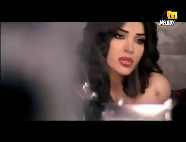 Dina Hayek - Maneb'a Oushaq / دينا حايك - مانبقى عشاق