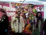 Carnaval de bergues, chapelle avec les Alain à l'ail