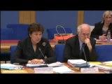 Grippe A : Roselyne Bachelot tente de se justifier
