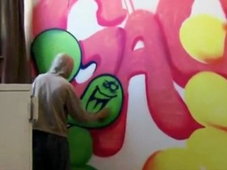 Aerosol Artist Caleb Aero Spray Painting Grunts