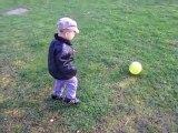 Mattéo joue au foot, 23 mars 2010
