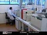 Dans le labo de la police scientifique d'Ecully